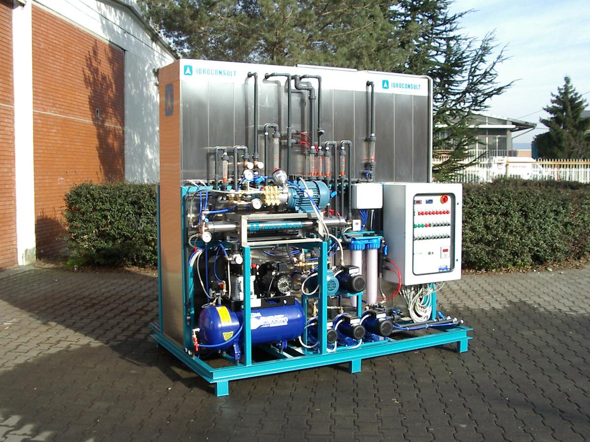 Impianto combinato di ultrafiltrazione e osmosi.